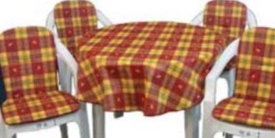 Seturi pentru scaune și mese